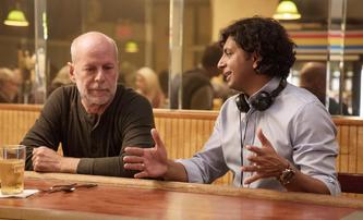 Tajuplný projekt M. Night Shyamalana nabírá herecké posily | Fandíme filmu