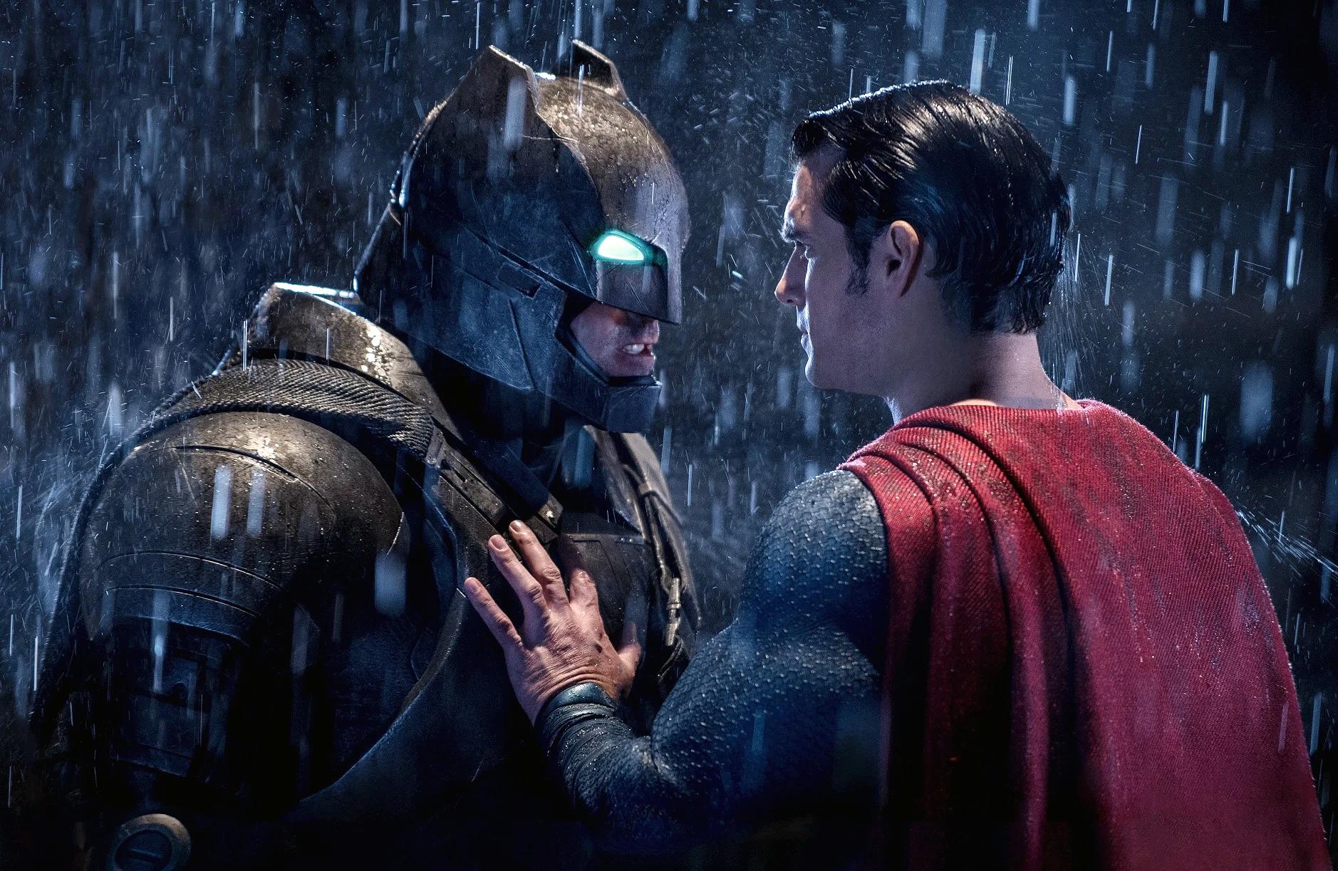 Před novou Justice League Snyder přinese vylepšenou verzi Batman v Superman | Fandíme filmu