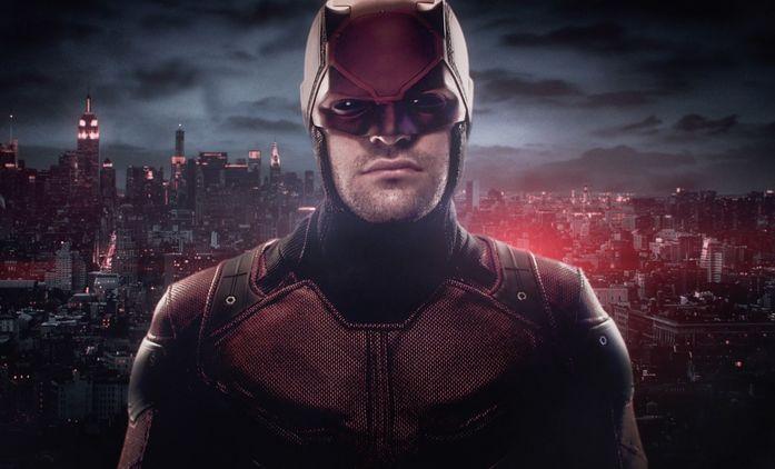 Daredevil:  Jeph Loeb údajně nutil scenáristy odstraňovat ze seriálu zápletky s asijskými postavami | Fandíme seriálům