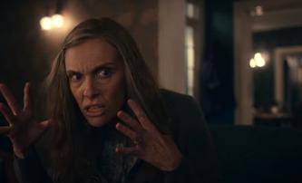 Asi to ukončím: Psychologický horor oscarového scenáristy se představuje v šílené ukázce | Fandíme filmu