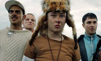 Get Duked!: Parta zpovykaných výrostků se stane lovnou zvěří ve skotské divočině | Fandíme filmu