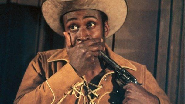Ohnivá sedla: Kultovní westernovou parodii čeká netradiční remake   Fandíme filmu
