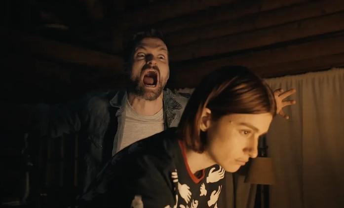 Scare Me: Uprostřed zuřící bouře se dvojice zkouší vzájemně vystrašit   Fandíme filmu