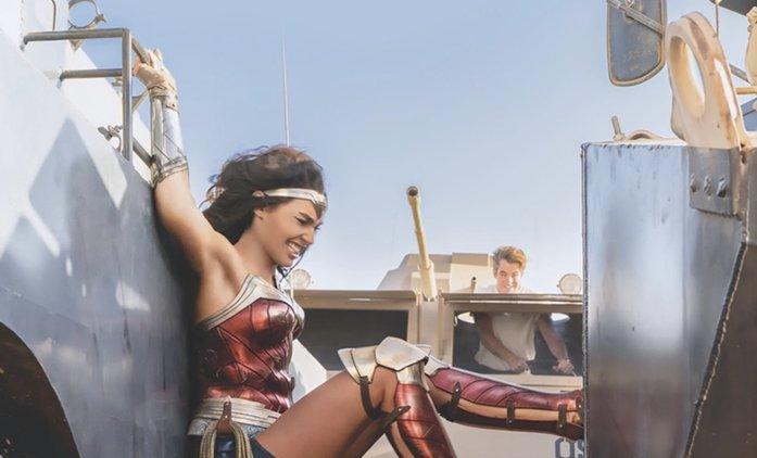 Wonder Woman 1984: Nový trailer vábí na odložený film spoustou akce   Fandíme filmu