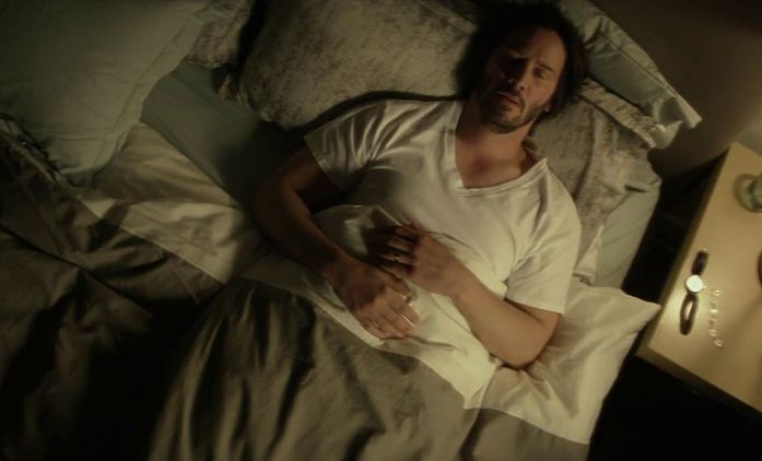HBO připravuje seriál, kde vás hvězdy jako Keanu Reeves zkusí uspat | Fandíme seriálům
