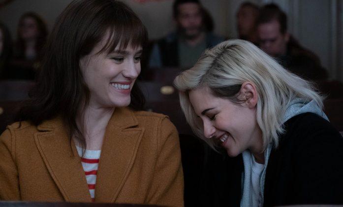 Kristen Stewart a Mackenzie Davis v romantické komedii tají svůj vztah | Fandíme filmu