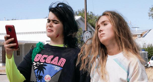 Netěhotná: Potratový road trip se představuje v traileru   Fandíme filmu