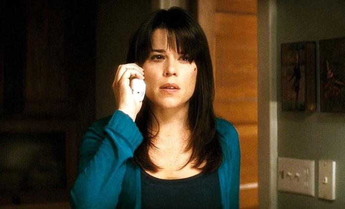 Vřískot 5: Neve Campbell potvrdila návrat do své nejslavnější role | Fandíme filmu