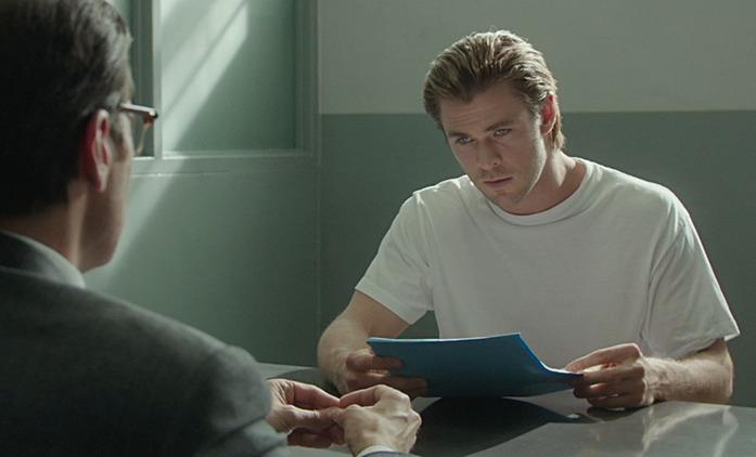 Spiderhead: Hvězdně obsazená sci-fi testuje na vězních léky na změnu emocí   Fandíme filmu