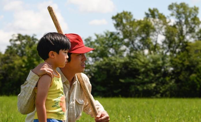 Minari: Touha po lepším životě a tvrdá dřina v emocionálním traileru oslavovaného rodinného portrétu | Fandíme filmu