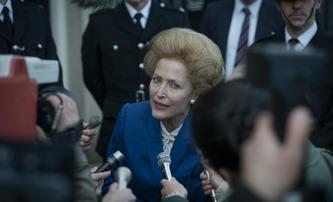 Koruna 4: První pohled na královskou svatbu a Margaret Thatcher | Fandíme filmu