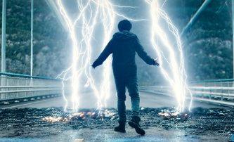 Mortal: Režisér Lovce trolů a Nočních můr z temnot nám zprostředkuje boží hněv | Fandíme filmu