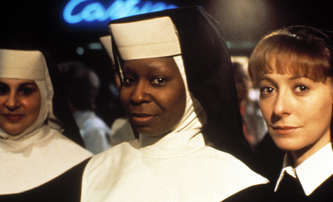 Sestra v akci 3: Whoopi Goldberg se vrací do kláštera   Fandíme filmu