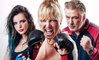 Chick Fight: Bella Thorne a Malin Åkerman si to rozdají v tvrdém zápase v kleci | Fandíme filmu