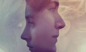 Ammonite: Saoirse Ronan a Kate Winslet prožívají i v nejnovějším traileru intimní chvilky | Fandíme filmu
