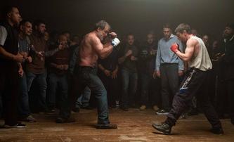 Jungleland: Nové drama z prostředí boxu slibuje emotivní podívanou | Fandíme filmu