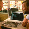 Wander: Aaron Eckhart hraje labilního detektiva v mysteriózním thrilleru | Fandíme filmu