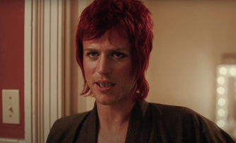 Stardust: David Bowie znovu ožívá v prvním traileru na chystaný film | Fandíme filmu