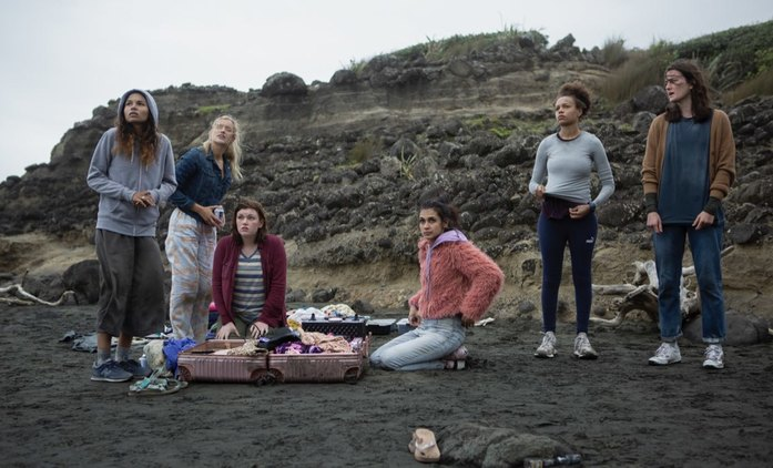The Wilds: Trailer představuje kombinaci Ztracených a teenagerského melodramatu | Fandíme seriálům