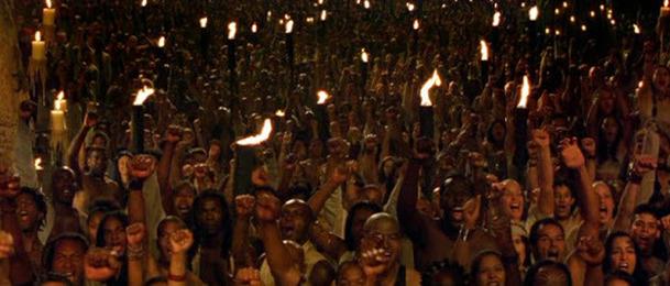 Matrix 4: Tvůrci zřejmě podvodně maskovali soukromou párty jako část natáčení   Fandíme filmu
