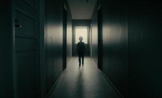 The Other Side: Takhle to dopadá, když se přestěhujete do domu hrůzy | Fandíme filmu