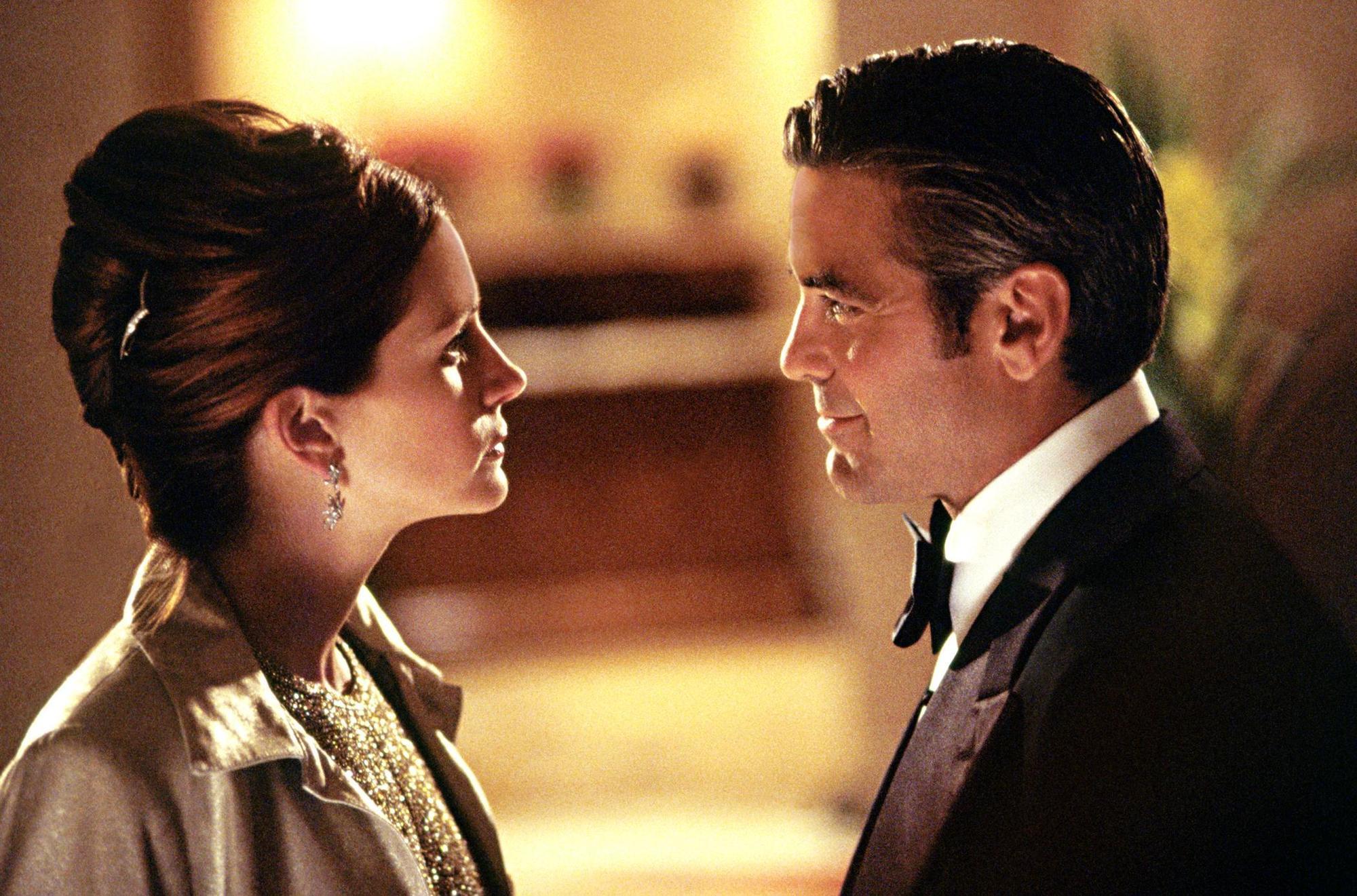 George Clooney nalákal Julii Roberts k účasti v Dannyho parťácích dvacetidolarovkou   Fandíme filmu