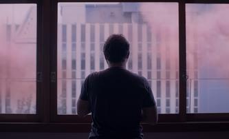 The Pink Cloud: Smrtící růžový mrak nutí lidi zůstat v bezpečí domovů | Fandíme filmu