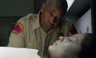 Střípky: Denzel Washington a Rami Malek jdou po krku sériovému vrahovi | Fandíme filmu