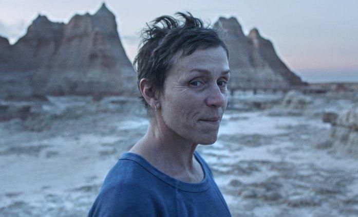 Bleskovky: Predvídání Oscarů začíná, silnou pozici má Země nomádů | Fandíme filmu