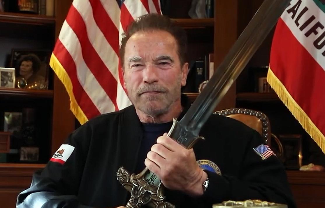 Po emotivním Schwarzeneggerově projevu fanoušci volají po návratu Coanana | Fandíme filmu