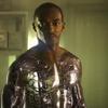 Recenze: Za čárou - Supervoják Anthony Mackie chce zachránit svět po svém | Fandíme filmu