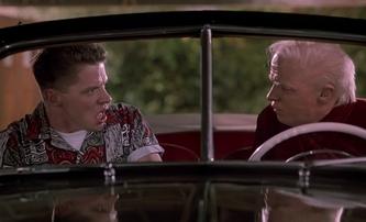 Návrat do budoucnosti: Jak dnes vypadá nepoučitelný rváč Biff | Fandíme filmu
