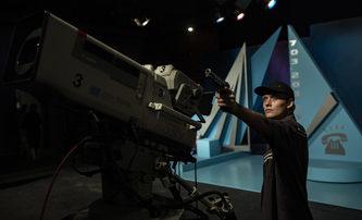Bleskovky: Prime Time aneb přepadení v přímém přenosu | Fandíme filmu