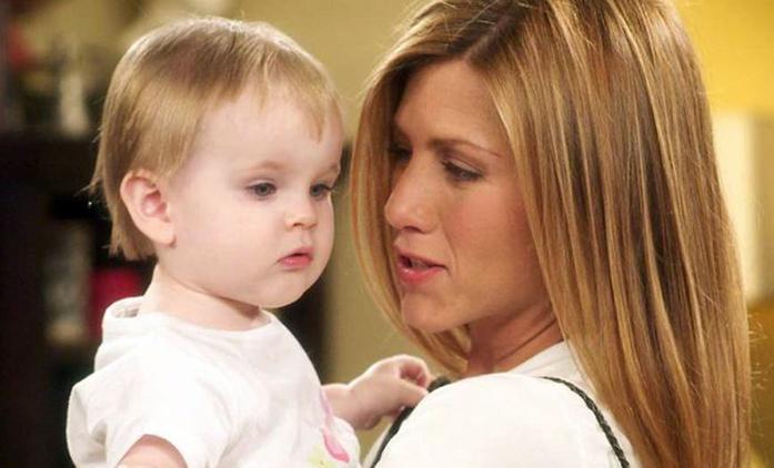 Přátelé: Emma, seriálová dcera Rosse a Rachel, vyrostla do krásy hned dvakrát | Fandíme seriálům