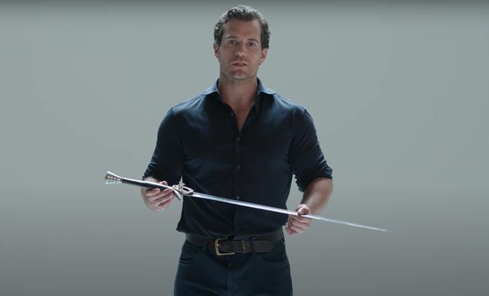Zaklínač: Henry Cavill detailně popisuje zaklínačské meče   Fandíme seriálům