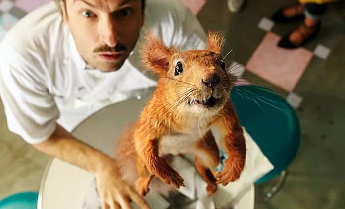Flora & Ulysses: Disneyovský veverčák si hraje na Mission: Impossible   Fandíme filmu