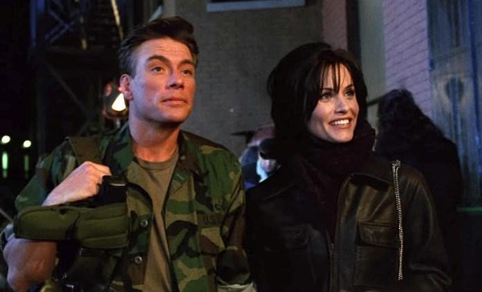 Přátelé: Jean-Claude Van Damme se na place nechoval zrovna jako gentleman   Fandíme seriálům