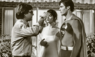 Superman: Křesťanští diváci vyhrožovali režisérovi optimistického superhrdinského filmu smrtí | Fandíme filmu