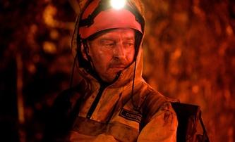 Fire: Ruští požárníci se vrhají z letadel mezi plameny   Fandíme filmu