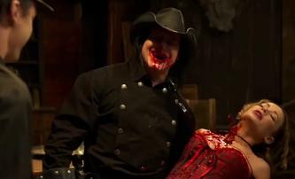 Death Rider in the House of Vampires: Brutální westernový krvák od hardcore punkové legendy   Fandíme filmu