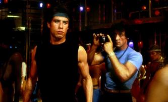 Rambo II: V akční řežbě se málem objevil coby Stalloneho parťák John Travolta | Fandíme filmu