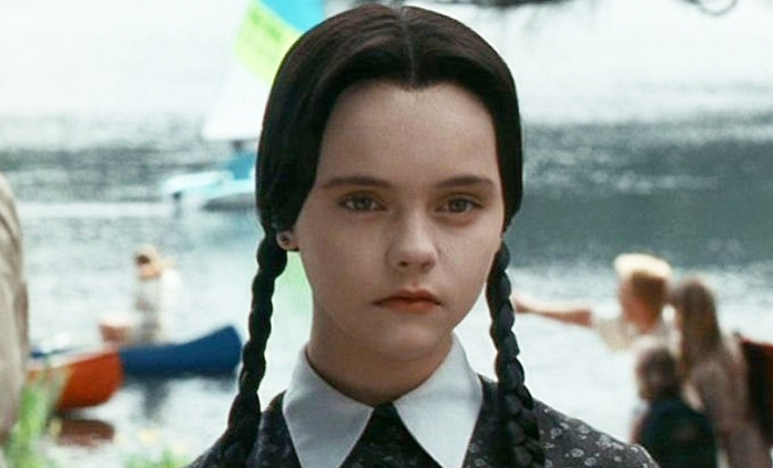 Addamsova rodina: Seriál Tima Burtona se zaměří na Wednesday | Fandíme seriálům