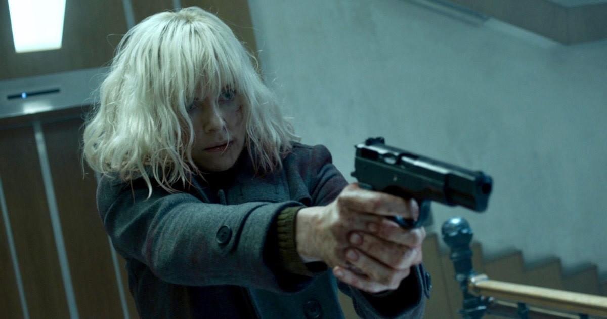 Smrtonosná past: Charlize Theron by ráda natočila lesbickou verzi   Fandíme filmu