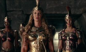 Wonder Woman: Spin-off ze světa Amazonek bude skákat v čase | Fandíme filmu