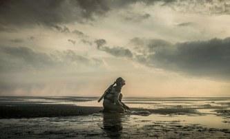 Tides: V postapokalyptické sci-fi se je Země zaplavená a divoká   Fandíme filmu