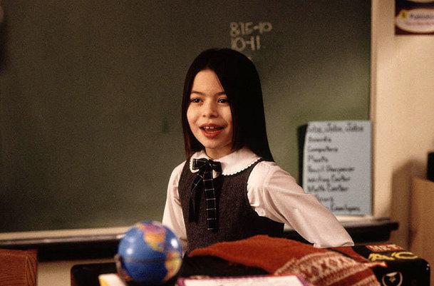 Škola ro(c)ku: Šprtka Summer vyrostla do krásy a pomáhá lidem trpícím leukémií   Fandíme filmu