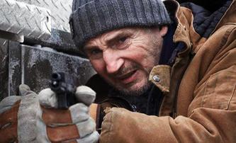 The Ice Road: Tvrďák Liam Neeson zachraňuje nešťastníky zavalené v dole | Fandíme filmu