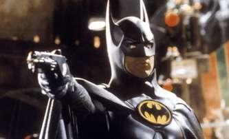 The Flash: První fotky z natáčení jsou batmanovské | Fandíme filmu