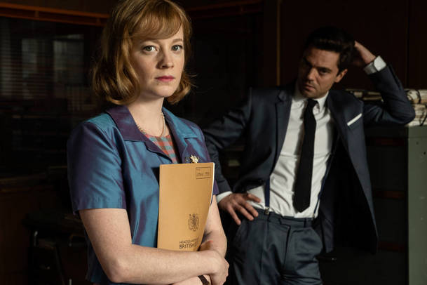 Spy City: Špionážní thriller natáčený v Česku se představuje ve stylové upoutávce | Fandíme serialům