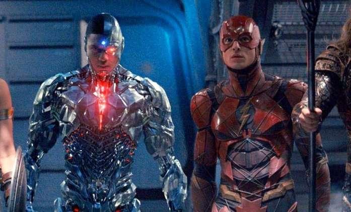 Cyborg: Ray Fisher stále udržuje naději, že se objeví v The Flashovi   Fandíme filmu